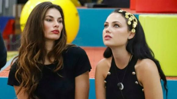 """GF Vip, nuovo scontro tra Rosalinda e Dayane: """"Mi stai prendendo in giro"""""""