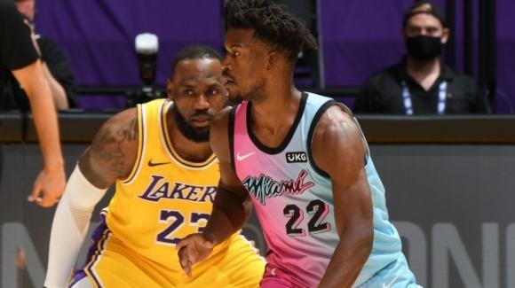 NBA, 20 febbraio 2021: gli Heat riscattano la finale persa vincendo in casa dei Lakers, i Suns dilagano sui Grizzlies