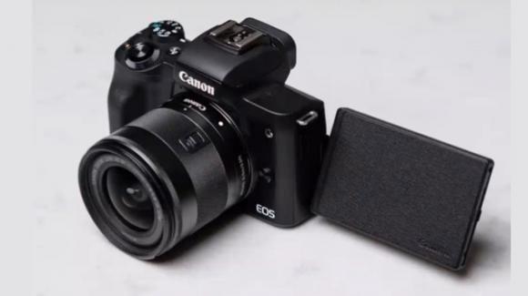 CanonEOS M50 Mark II: ufficiale la mirrorless compatta nata per i social