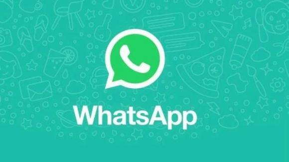 WhatsApp: novità su messaggi audio, Reels, chat web e di supporto, adesivi