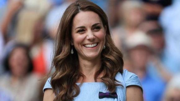 """Kate Middleton attenta a non rubare la scena a William: """"Ha imparato la lezione di Diana"""""""