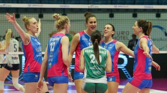 Volley femminile, playoff scudetto Serie A1: Monza batte Chieri 3-1