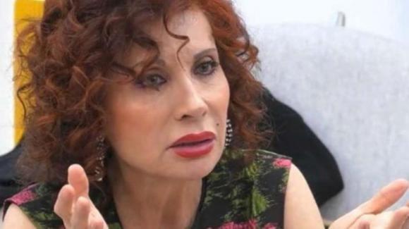 """Alda D'Eusanio torna a parlare di Laura Pausini e sul GF Vip: """"Pentita di averlo fatto"""""""