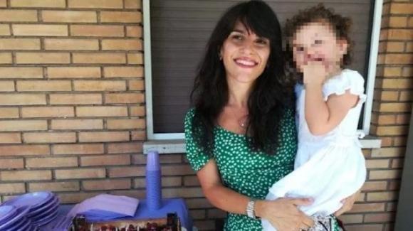 """Bimba ipovedente rifiutata all'asilo, la madre: """"Discriminata perché cieca"""""""