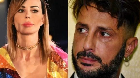 """Fabrizio Corona ancora in carcere e il figlio Carlos all'estero. Nina Moric sbotta: """"Ora basta!"""""""