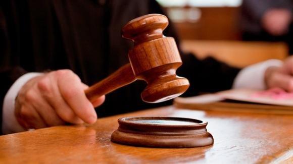 Salvatore Narciso uccise la figlioletta lanciandola dal balcone: condannato a 24 anni