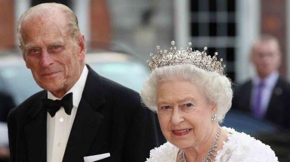 Morto il principe Filippo, ad annunciarlo una nota di Buckingham Palace