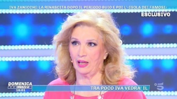 """Domenica Live, Iva Zanicchi parla de """"L'isola dei famosi"""" e difende Beppe Braida: """"Ha fatto bene ad andare via"""""""