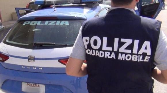 Piacenza: è ai domiciliari ma spaccia droga lanciandola dalla finestra, arrestato