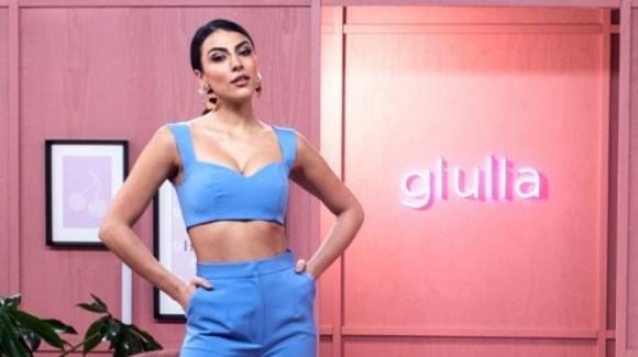 """""""Salotto Salemi"""", Giulia Salemi sbarca per la prima volta in TV come conduttrice: i dettagli e gli ospiti già annunciati"""