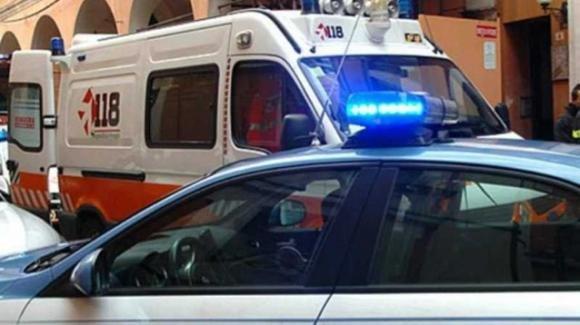 Si lancia dalla finestra per sfuggire ad un controllo della Polizia: giovane finisce in ospedale