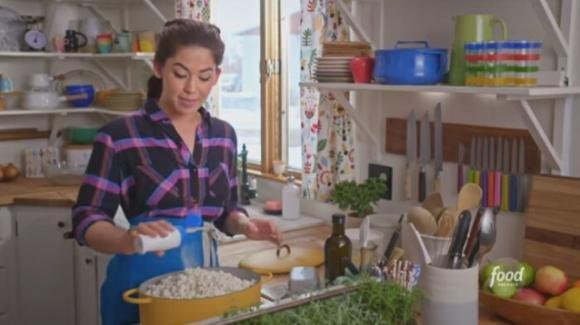 Ricetta per l'insalata di popcorn diventa virale disgustando il web