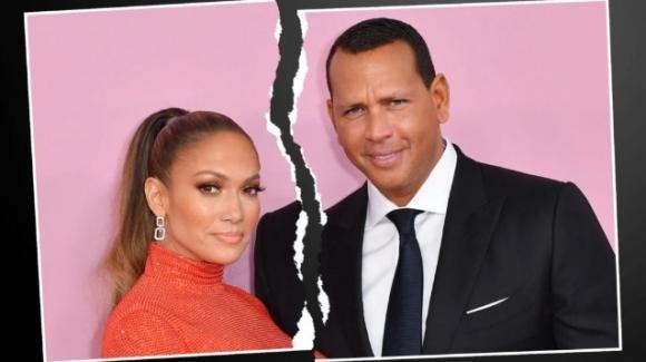 Jennifer Lopez torna sigle, rotto il fidanzamento con Alex Rodriguez