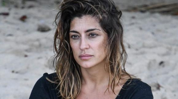 """L'isola dei famosi, Elisa Isoardi abbandona il reality show: """"È stata l'esperienza più importante della mia vita"""""""