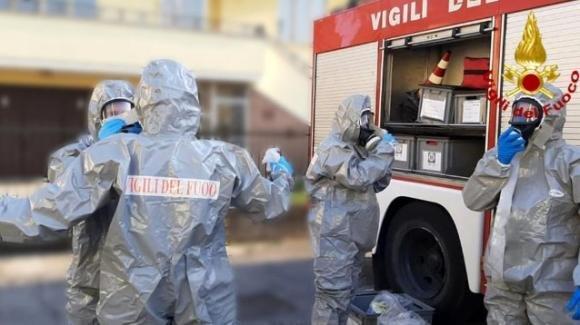 Avellino, uomo positivo Covid pesa 200 kg: trasportato in ospedale con mezzo vigili del fuoco