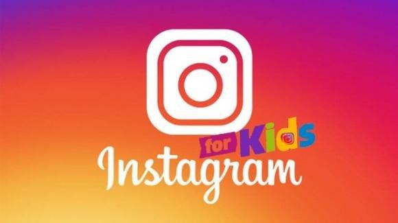 Protesta degli attivisti contro l'Instagram per bambini