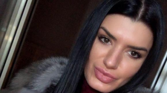 Omicidio Aosta, Elena accoltellata alla gola: si indaga nel mondo della prostituzione