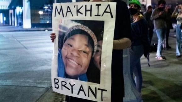 Ohio, polizia di Columbus uccide 15enne afroamericana: forti proteste in tutta la città