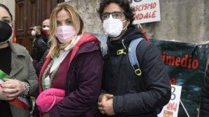 Operaio ArcelorMittal licenziato, sit-in al Mise: