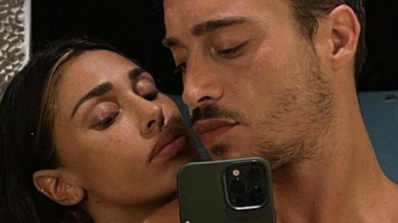Belen Rodriguez senza veli insieme ad Antonino, la foto che manda fuori di testa i fan