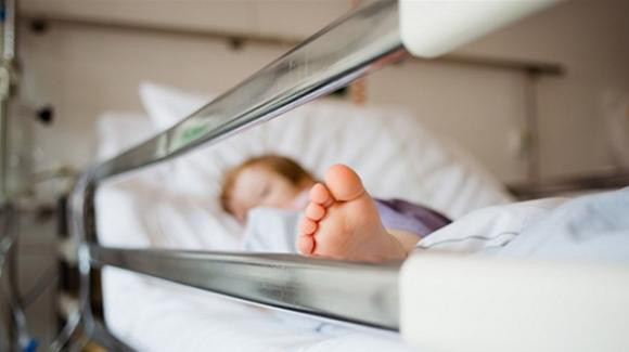 """Genova, bambina di 10 anni muore per Covid. L'ospedale: """"Vi siamo vicino"""""""