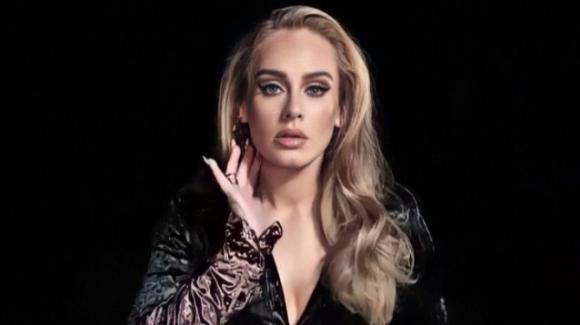 Adele si dà al cinema: la cantante è alla ricerca di copioni per il debutto