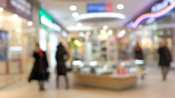 Lecce, cliente non indossa la mascherina al centro commerciale: sanzionata