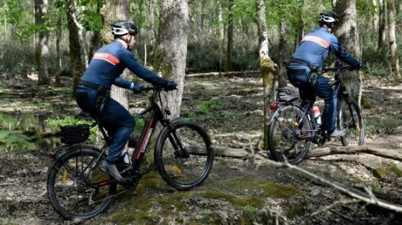 Arrivano le e-bike per i carabinieri nei parchi nazionali