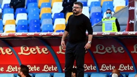 Serie A: il Napoli vince e aggancia Milan e Juventus