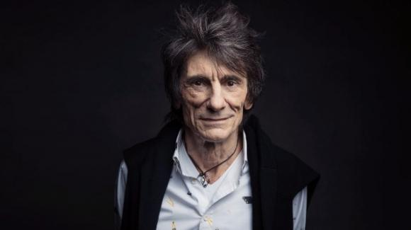 Ronnie Wood dei Rolling Stones svela di aver avuto il cancro durante il lockdown