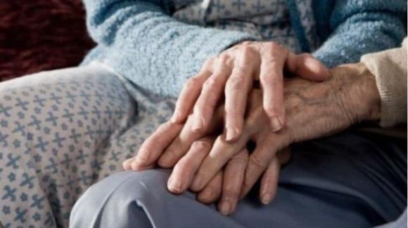 Covid-19, a Pozzuoli due anziani coniugi muoiono a poche ore di distanza