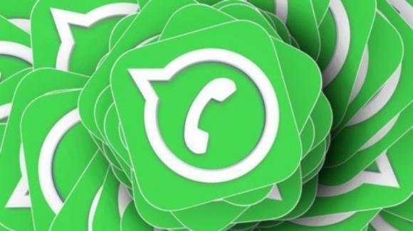 WhatsApp: in arrivo la revisione dei messaggi audio