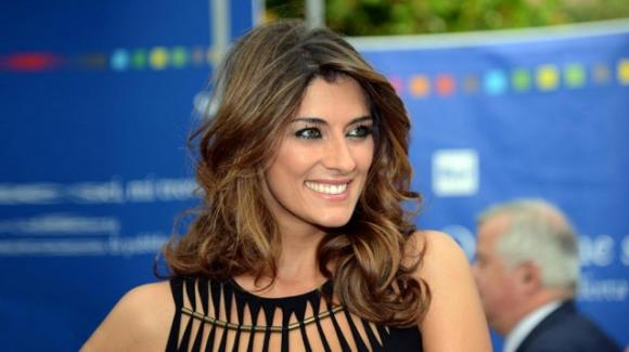"""L'isola dei famosi"", Elisa Isoardi torna in studio: ""Sono emozionata"""