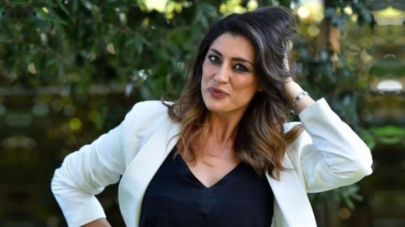 "Elisa Isoardi parla de ""L'isola dei famosi"" e non esclude un futuro in Mediaset"