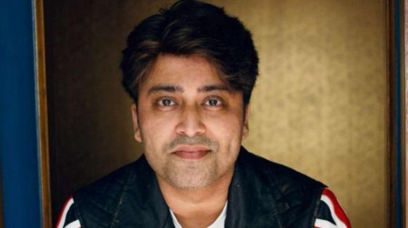 Attore indiano muore per Covid: in un video ha denunciato cure insufficienti