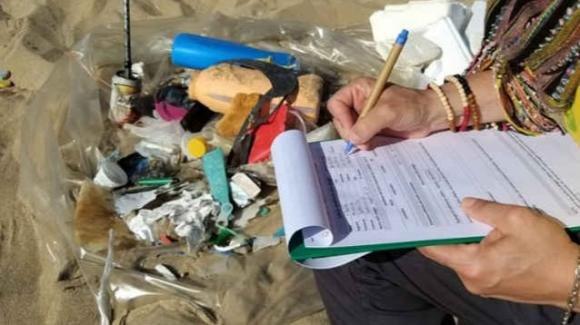 Marine litter: l'iniziativa per ripulire le spiagge italiane