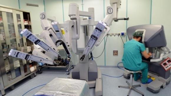 Torino: la chirurgia robotica salva una bimba di 4 anni da un tumore maligno