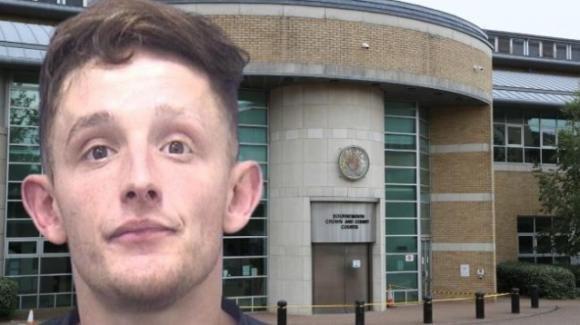 UK: si alza la notte per andare in bagno, il fidanzato le rompe il naso