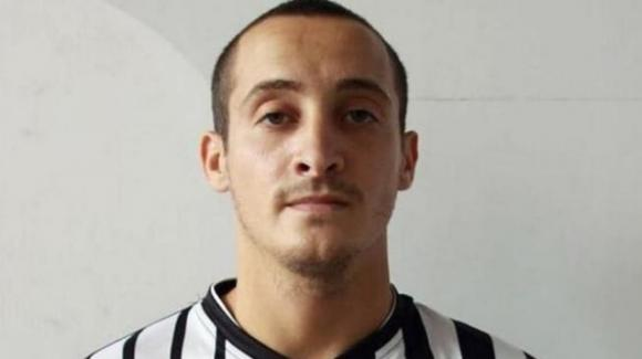 Lutto nel mondo del calcio: Filippo Viscido trovato impiccato in un garage
