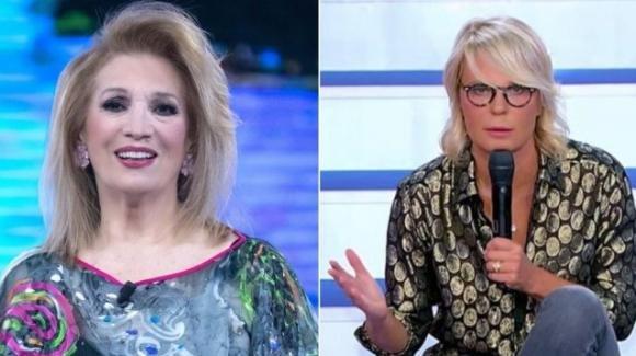 """""""Tv Talk"""", Iva Zanicchi e l'affondo a Maria De Filippi: """"Vogliono tenersela buona"""""""
