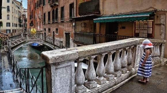 Paura a Venezia: bambina di 2 anni e mezzo scappa in piena notte e vaga per le calli