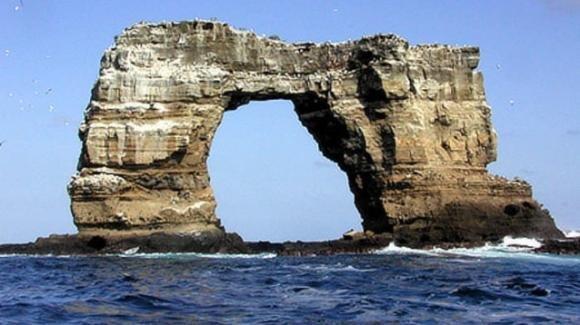 """Galapagos, crolla l'Arco di Darwin: """"Colpa dell'erosione"""""""