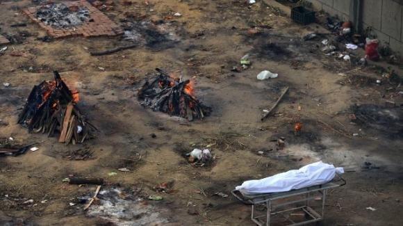 India, paziente creduta morta per Covid-19 si sveglia nella bara