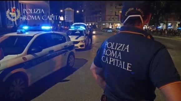 Roma: investe con l'auto un uomo e lo uccide, si cerca un pirata della strada
