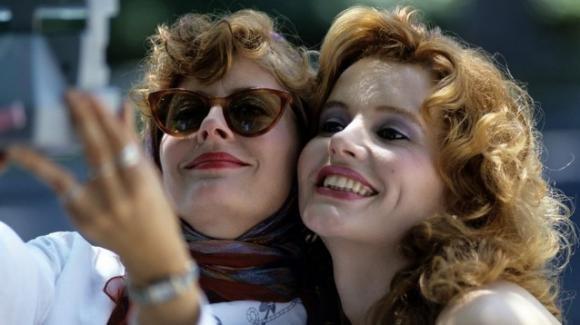 """""""Thelma & Louise"""" compie 30 anni: il ricordo delle attrici protagoniste"""