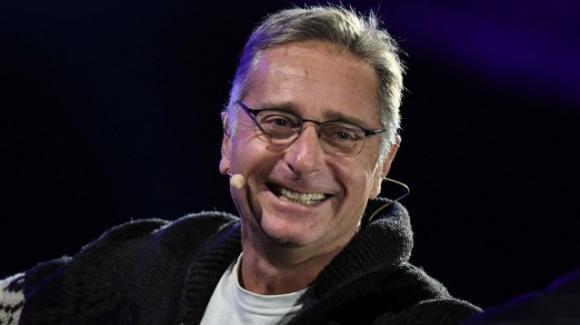 Paolo Bonolis resta in Mediaset per altri 3 anni: i progetti della prossima stagione