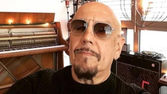 Enrico Ruggeri, post avvelenato riferito ai The Jackal