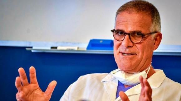 """Covid-19, Alberto Zangrillo: """"Convivere col virus significa comportarsi con intelligenza"""""""
