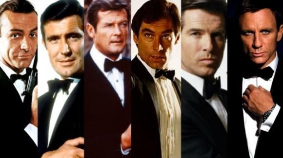 """I produttori di James Bond tranquillizzano i fan: """"I film continueranno ad uscire al cinema"""""""