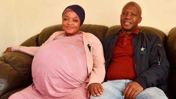 """Sudafrica: parto record di 10 gemelli, """"Nessun trattamento per la fertilità"""""""